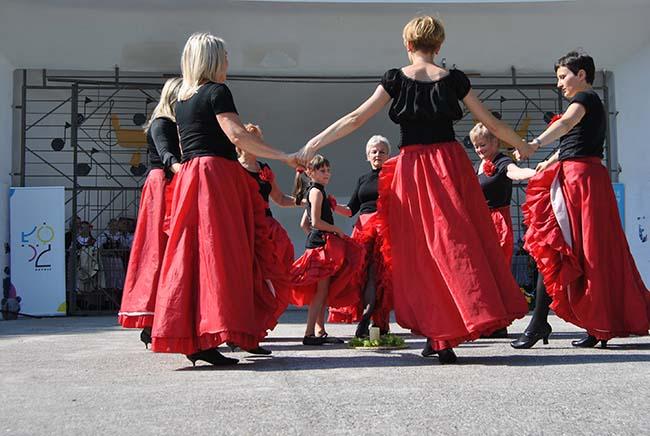 Taniec w Kręgu